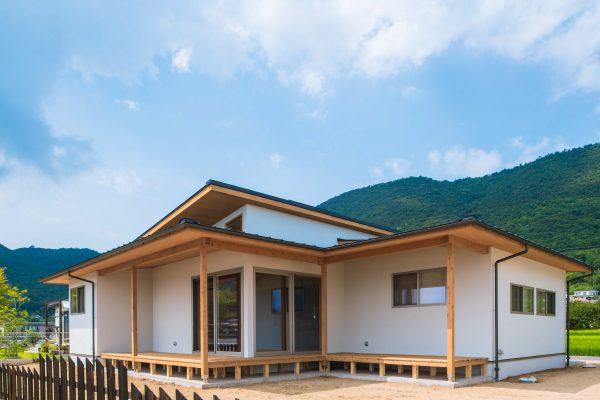 長尾賢建築設計事務所